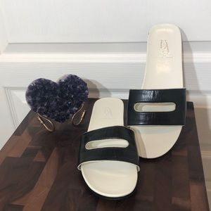 EA by Etienne Aigner Leather Sandals Size 8.5